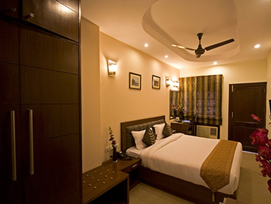Book Our Comfortable homestay in new Delhi
