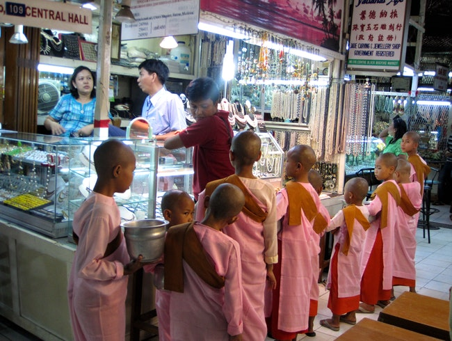 Shopping in Yangon