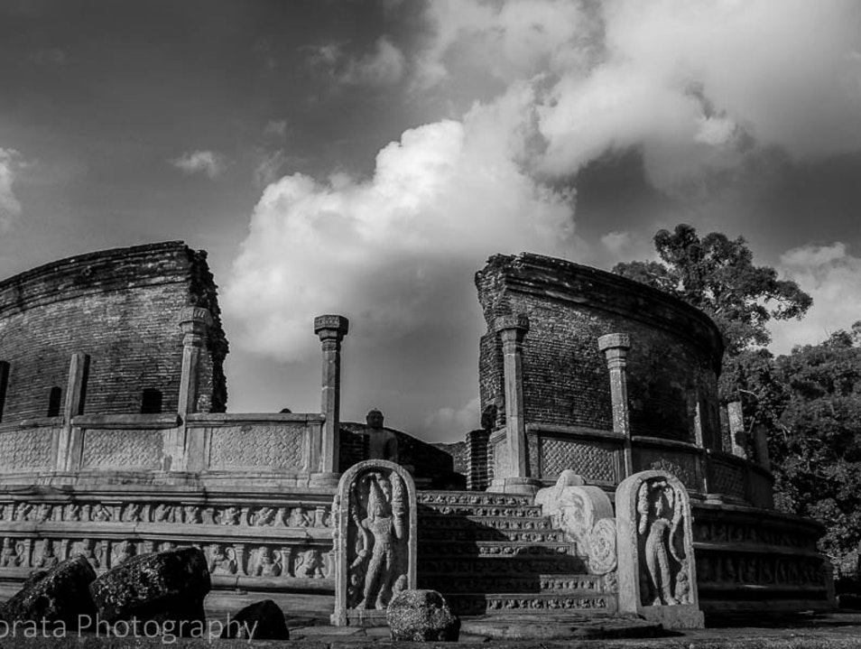 The ancient temples of Polonnaruwa Polonnaruwa  Sri Lanka