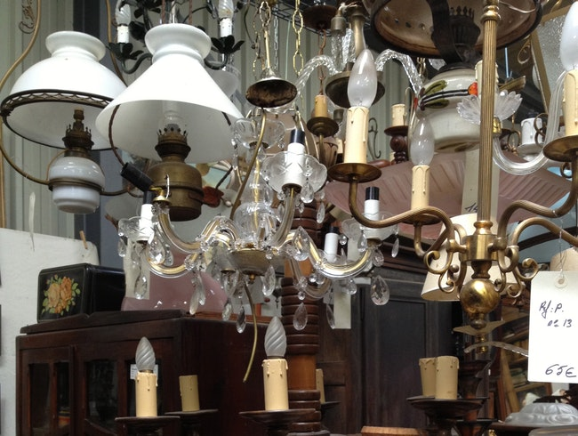 """Go """"brocanting"""" in Limousin"""