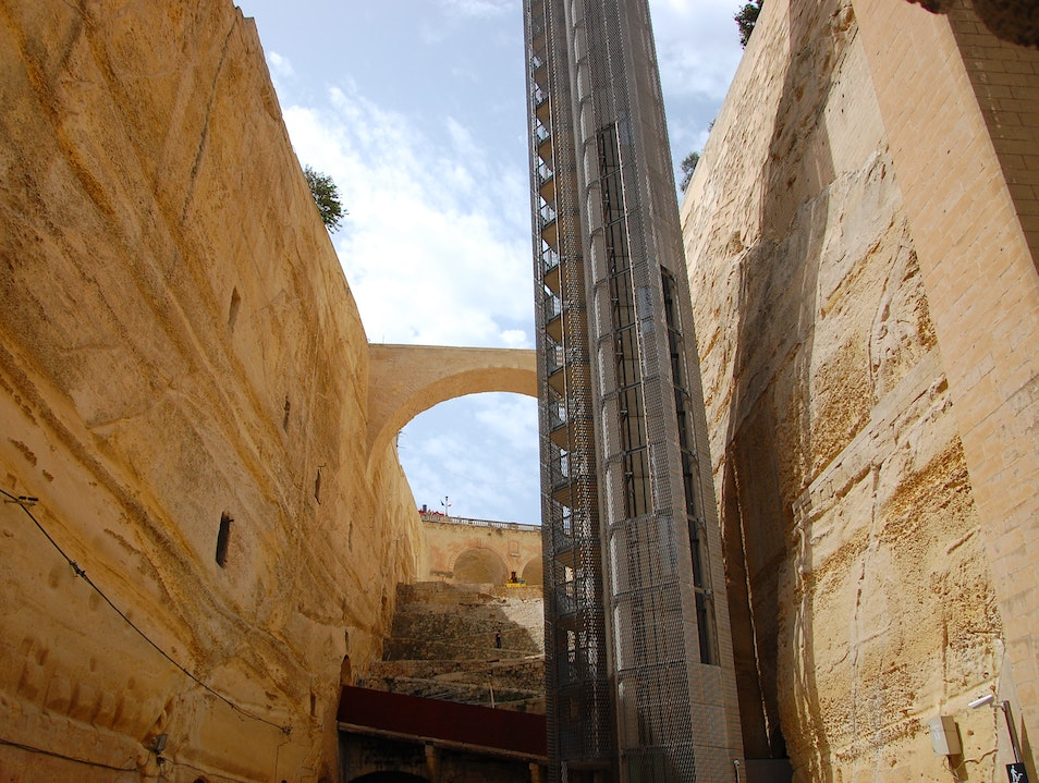 Getting up to Valletta