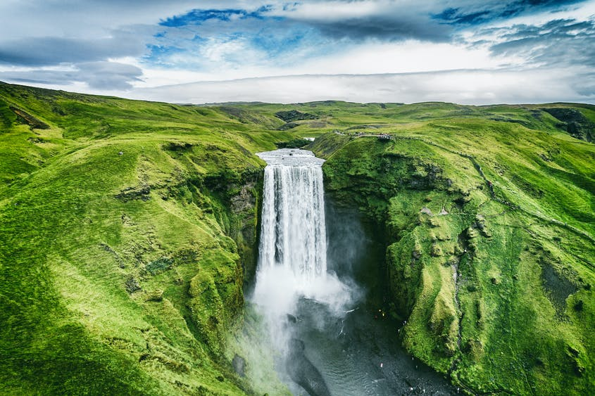 Vaccinated Americans can now visit Iceland.