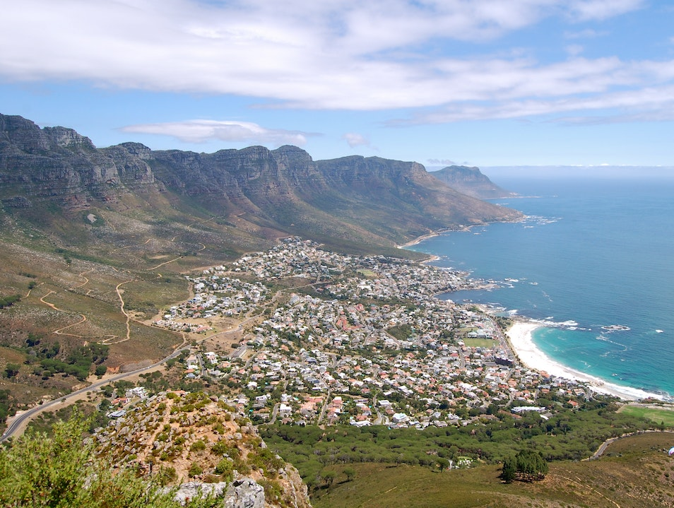 Hiking/Climbing up Lions Head in Cape Town, South Africa