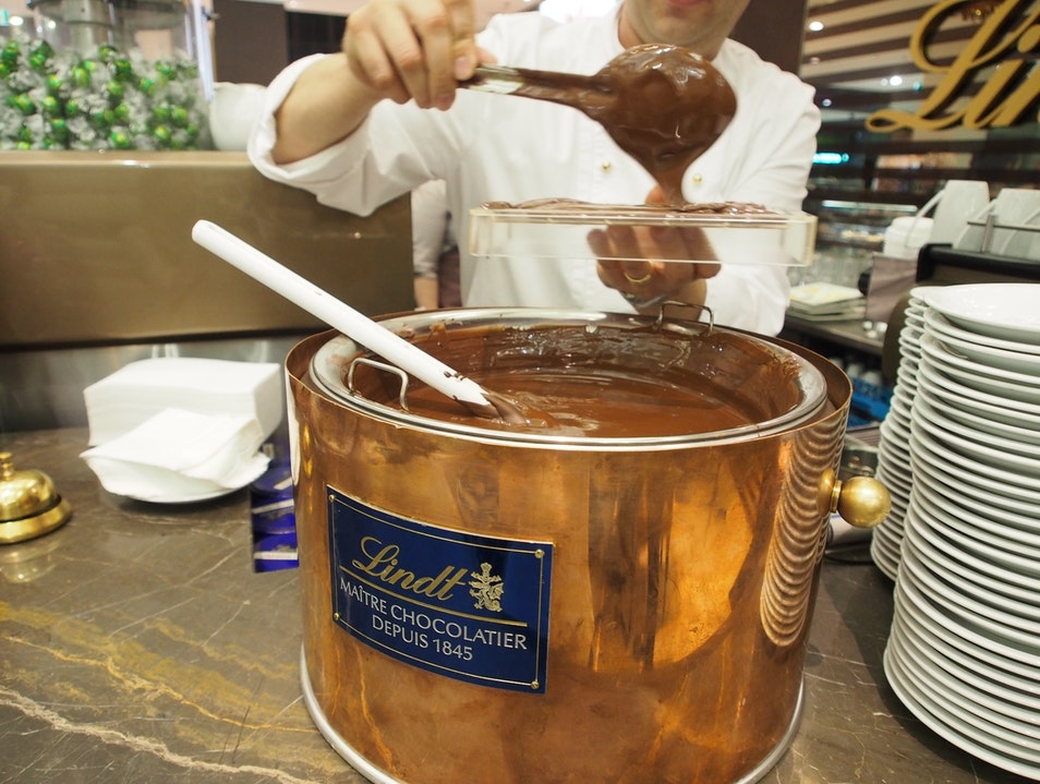 Lindt Chocolate Creation Course
