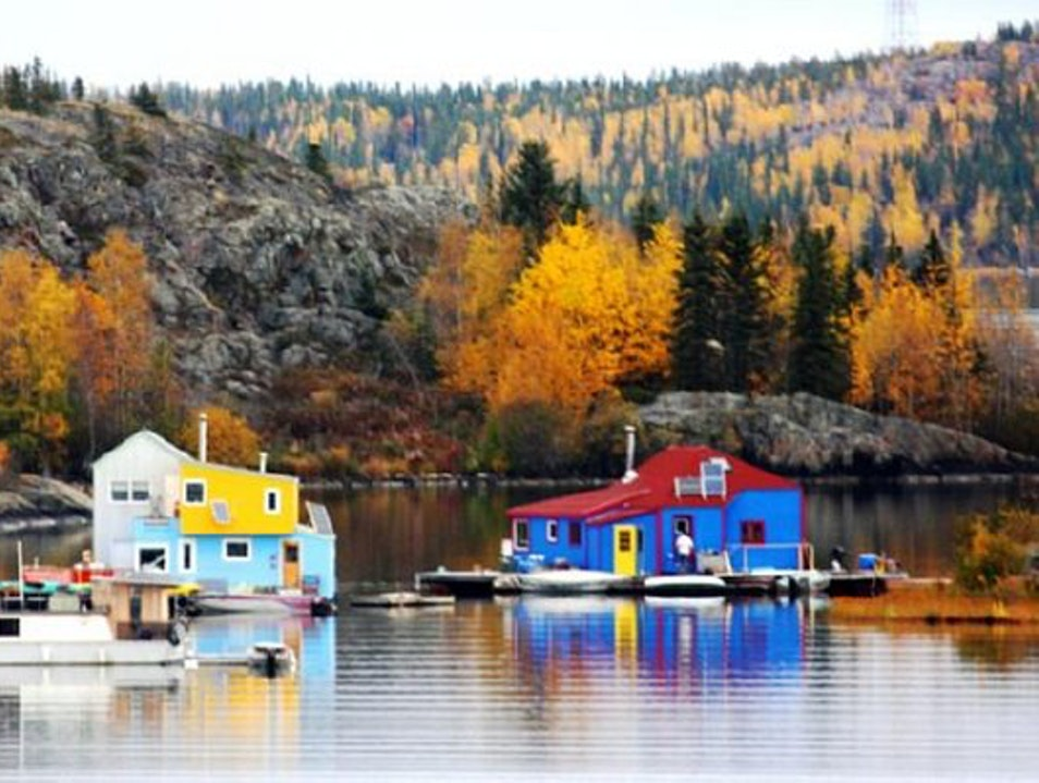 Floating Boat Homes Yellowknife  Canada