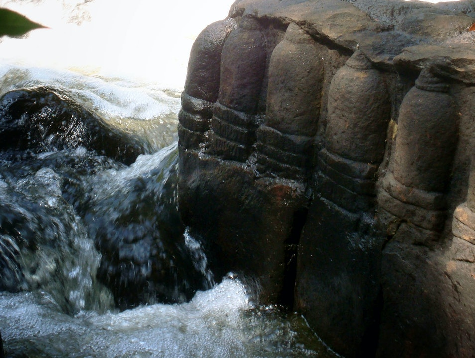 The River of a Thousand Lingas
