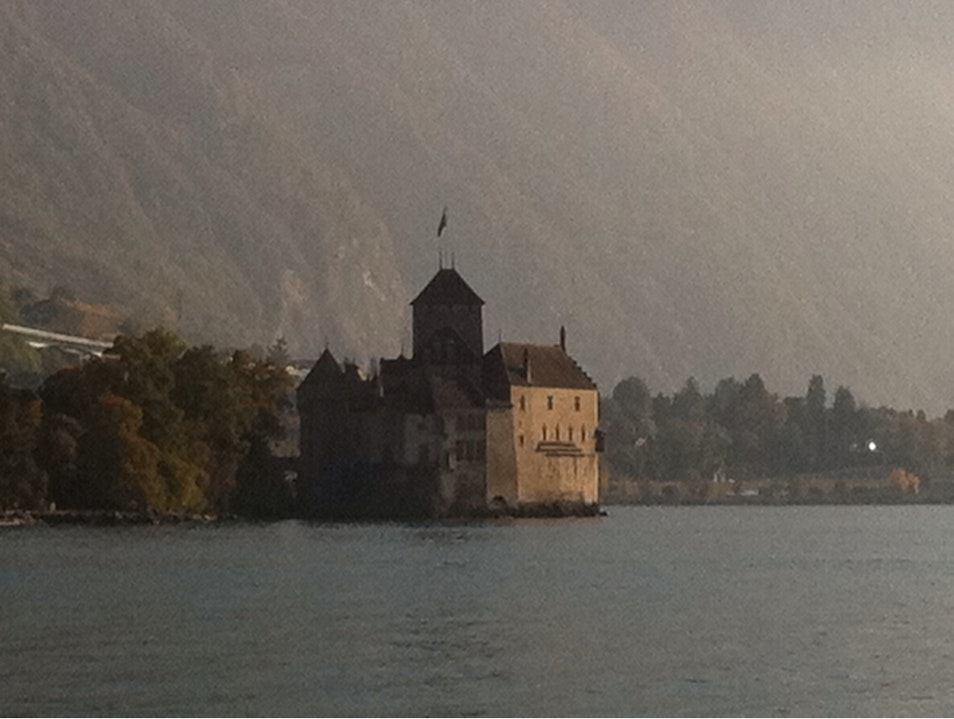 Château de Chillon in autumn