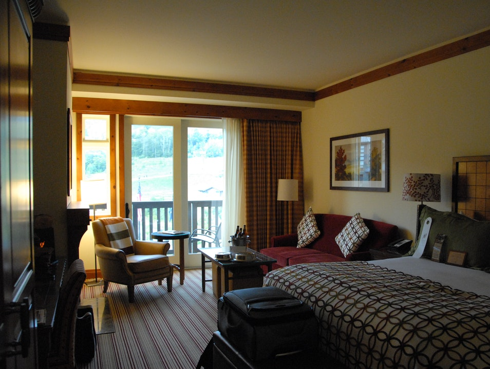 Staying at a Luxury Ski Resort - in the Summer Stowe Vermont United States