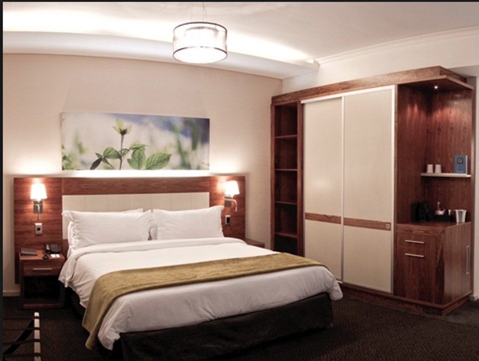 Clean & Comfortable Sleep in Woodstock  Cape Town  South Africa