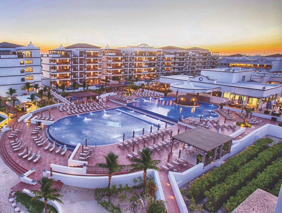 Regal Accommodations for the Whole Family Puerto Morelos  Mexico
