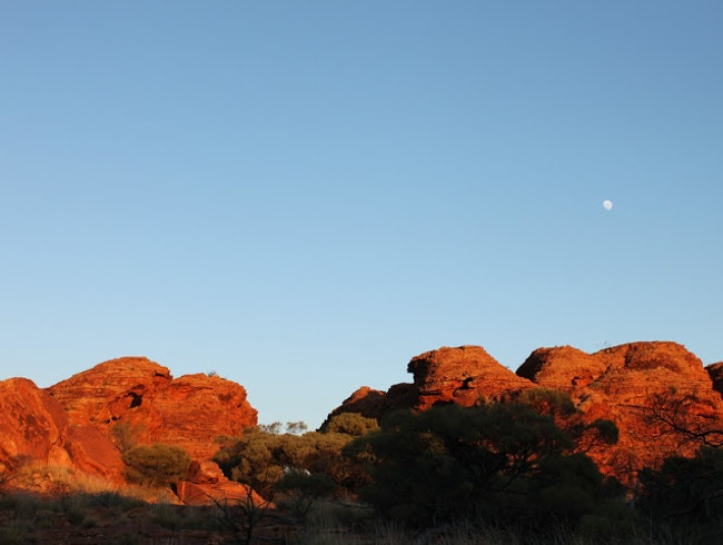 Hiking in Kings Canyon, Northern Territory