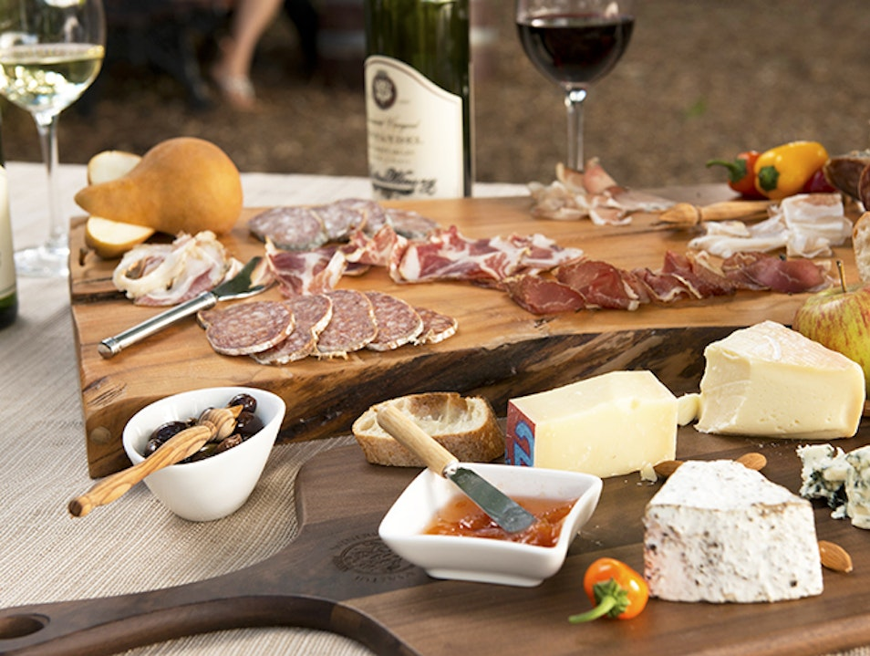 Pick Up a Gourmet Picnic  Saint Helena California United States