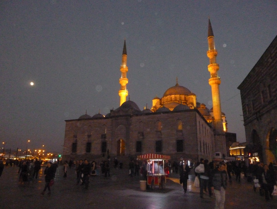 Strolling Old Istanbul by Moonlight