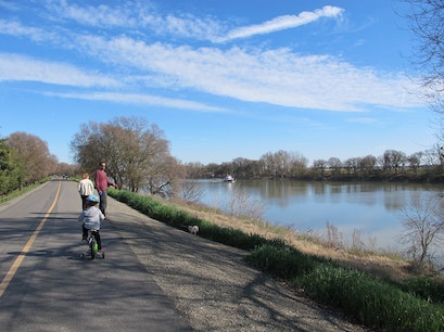 American River Bike Trail Sacramento California United States