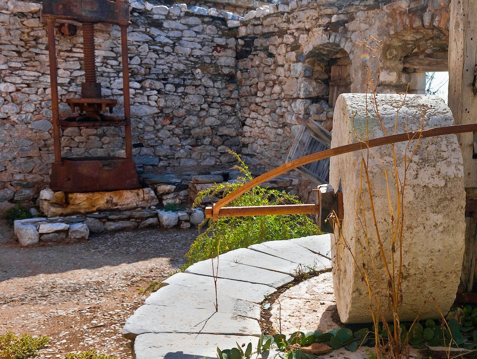 Aristeon Olive Press & Museum Lithakia  Greece