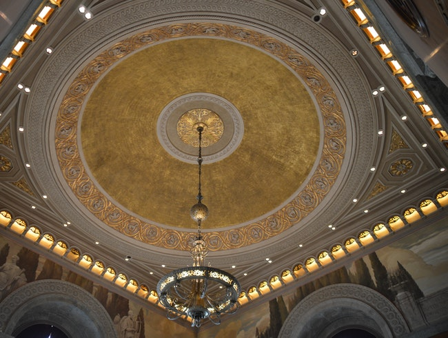 I'll see your beautiful architecture and raise you a ceiling