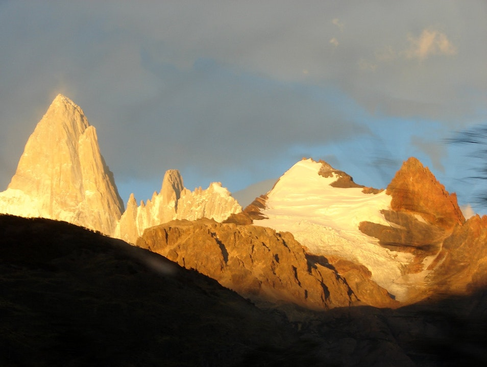 A first glimpse of the Fitz Roy from the trailhead El Chaltén  Argentina