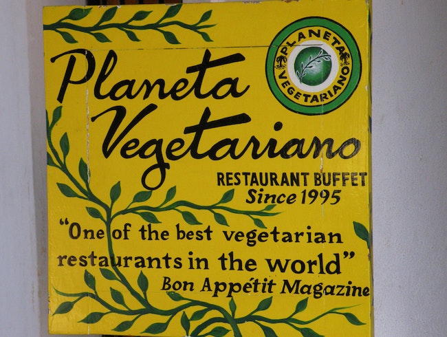 Veg Out at Planeta Vegetariano