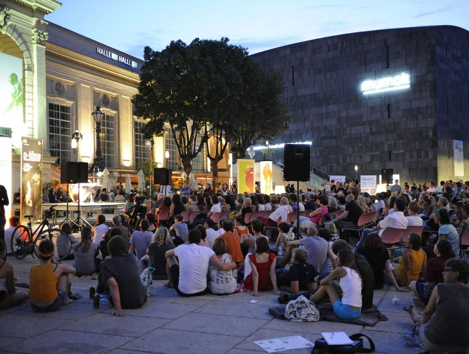 Art & Culture in the Museums Quartier courtyards