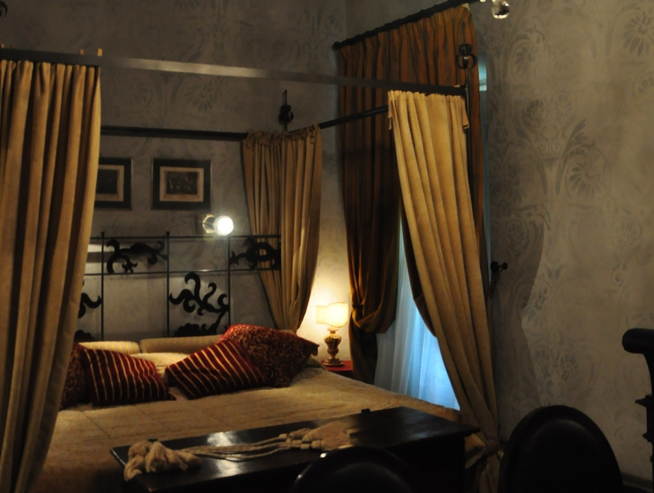 Inn at the Roman Forum, a boutique hotel among ancient ruins