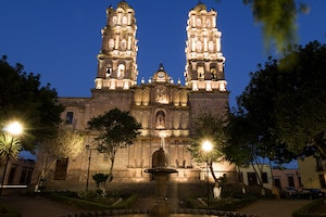 Central Mexico's Colonial Gems and Natural Wonders