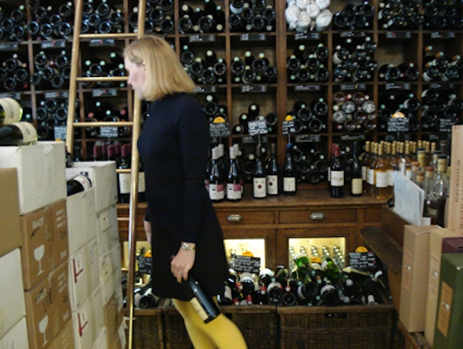 Where to Drink Wine for Free in Paris