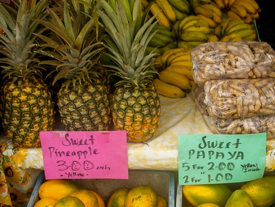 Sampling tropical fruits of Hawaii