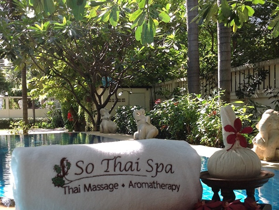 Day Spa for all Massage services like Aromatherapy Massage, Facial Massage, Hot Stone Massage, Full Body Massage,Herbal Massage etc. Bangkok  Thailand
