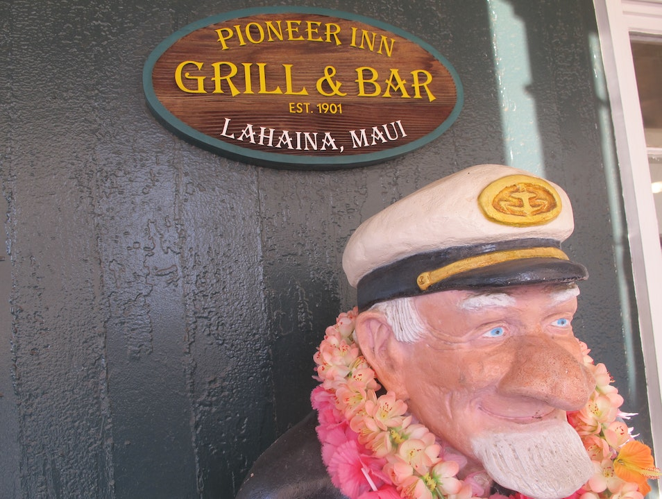 Grab a Drink at the Oldest Bar in Lahaina Lahaina Hawaii United States