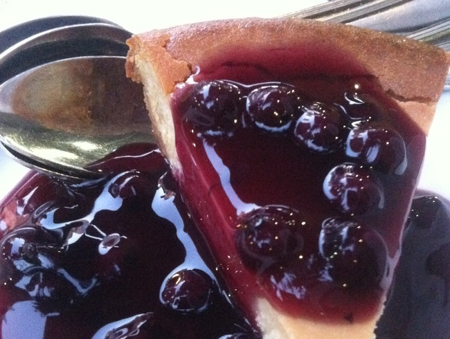 Delicious Vegan Blueberry Cheesecake