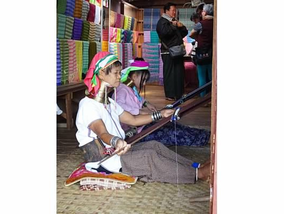 Long Neck Ladies of Myanmar Taunggyi  Myanmar