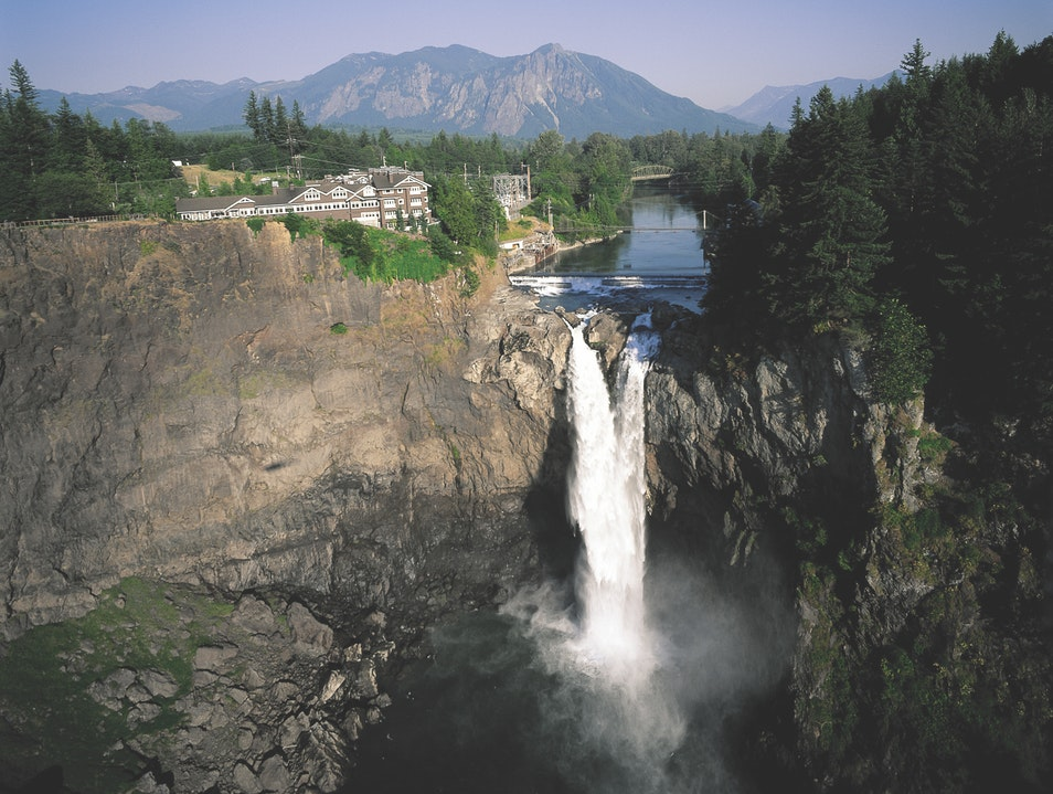 Vacation on a Waterfall in Washington State