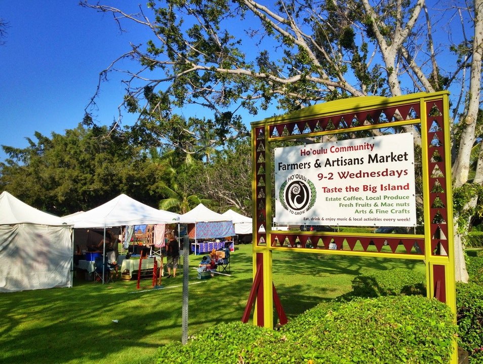 Wednesday Farmer's Market @ the Sheraton Kona Resort at Keauhou Bay