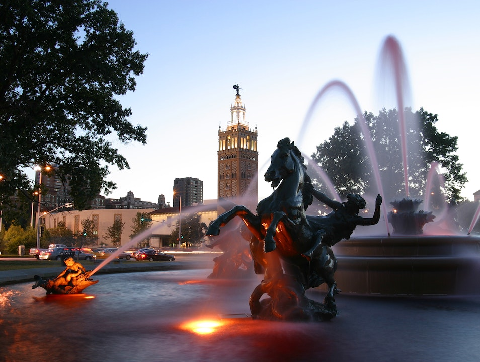 J.C. Nichols Memorial Fountain Kansas City Missouri United States
