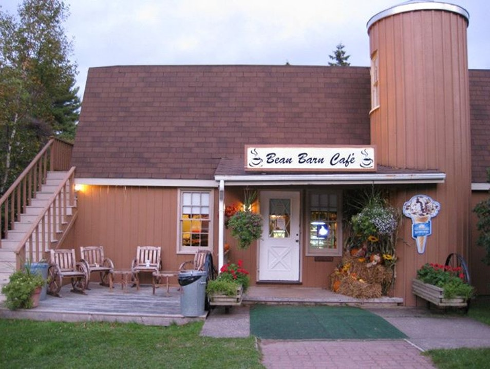 The Bean Barn Café