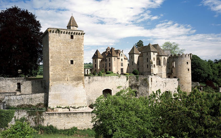 Château de Couches was once among the most important defensive castles in Burgundy.