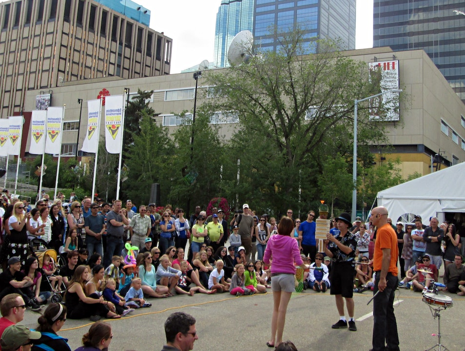 Be Amazed At The Edmonton International Street Performers Festival Edmonton  Canada