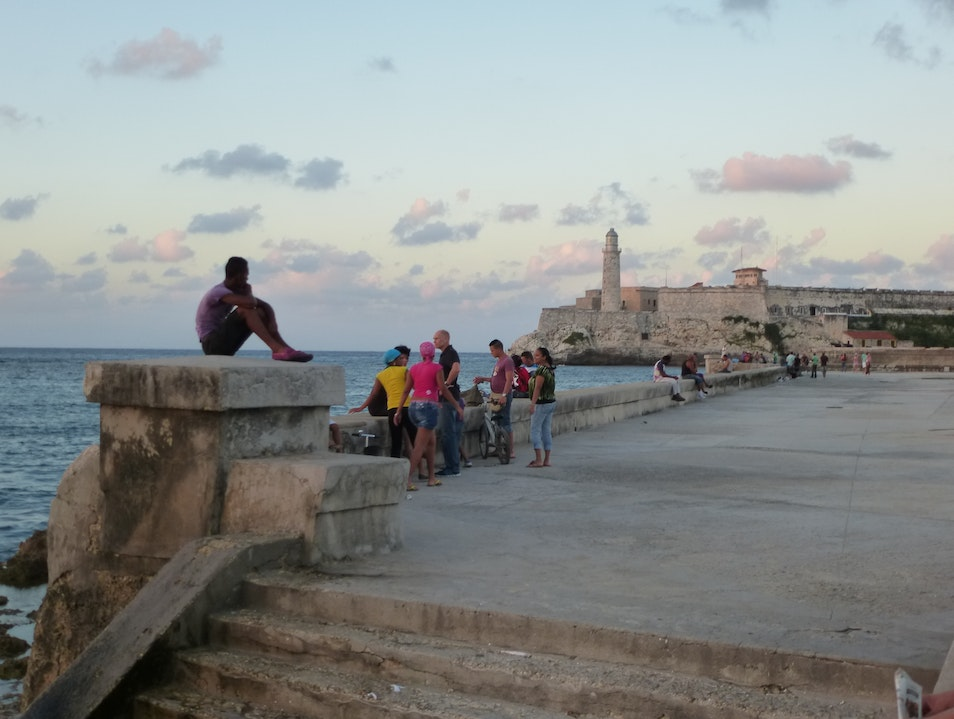 Mojitos, Street Life, Music & More in Old Havana