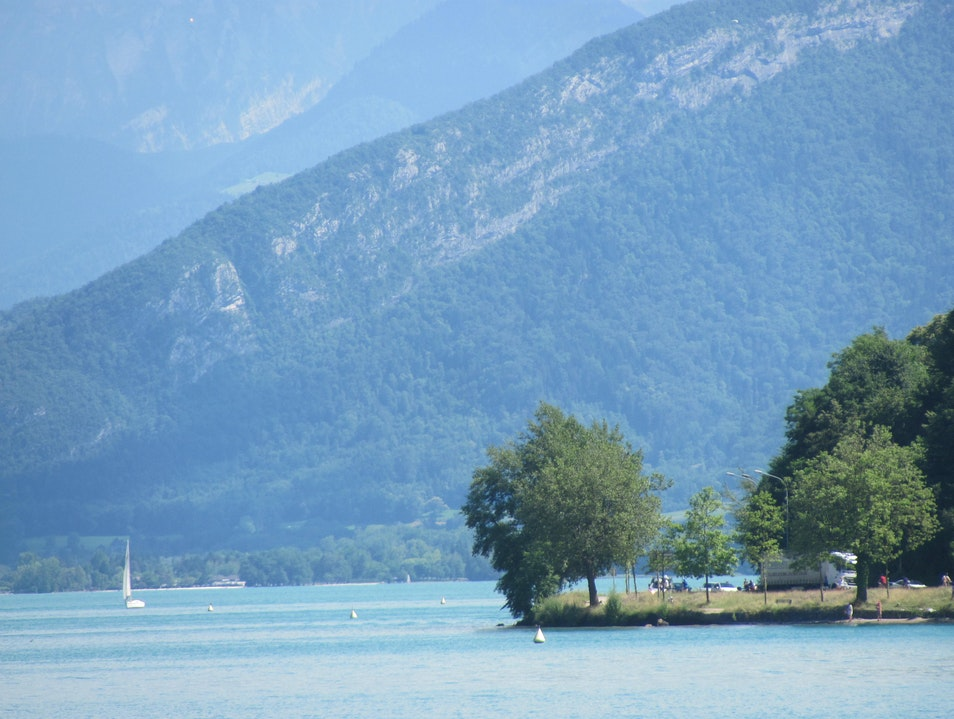Annecy or Lac Leman? Choose one! Annecy  France