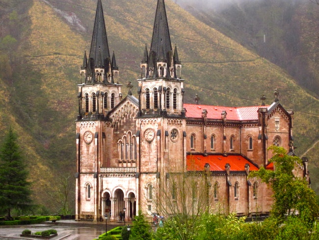 Among the clouds in Covadonga!