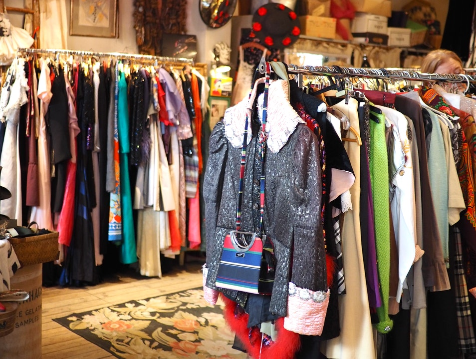 Highly-curated Vintage & Antique Clothing