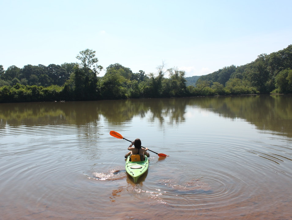 Kayaking, Tubing, and Stand-Up Paddleboarding on the Chattahoochee River Roswell Georgia United States