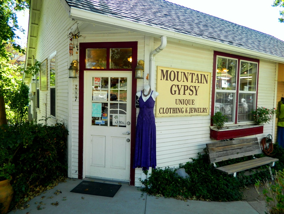 Women's boutique in Julian Julian California United States