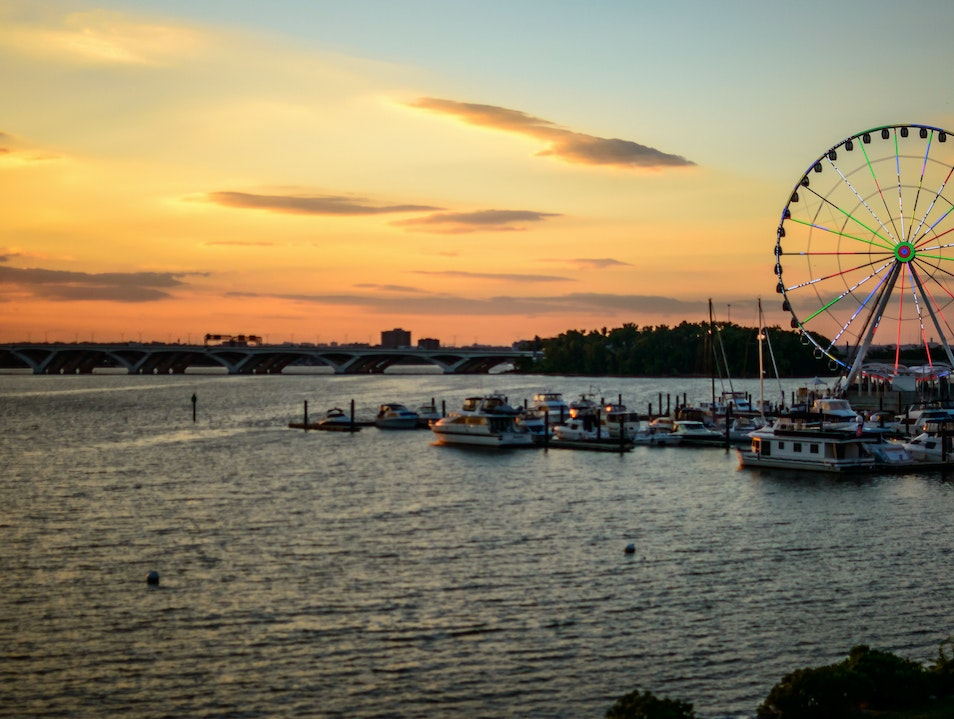 Stunning Views from the Capital Wheel Oxon Hill Maryland United States