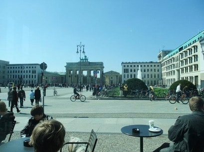 Berlin infostore - Brandenburger Tor Berlin  Germany