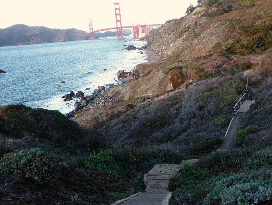 Look out over the Pacific on San Francisco's Batteries to Bluffs Trail