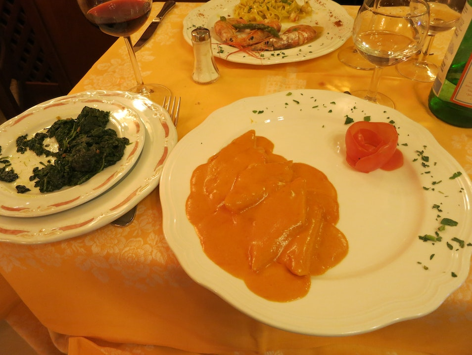 Dine as the Medicis did in Florence, Italy
