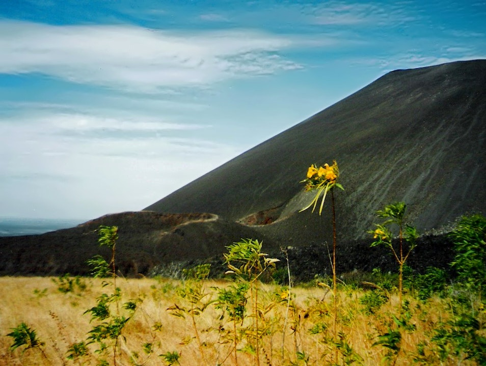 up and down into the Cerro Negro volcano