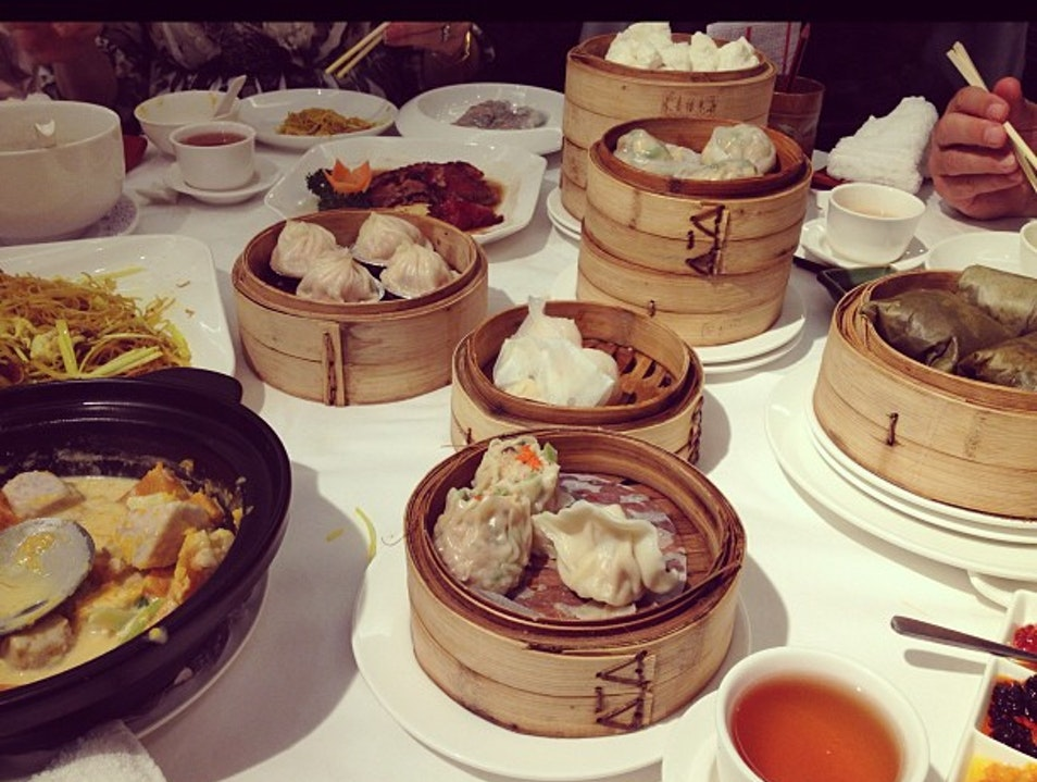 Ordering Too Much Dim Sum at Laurel Shenzhen  China