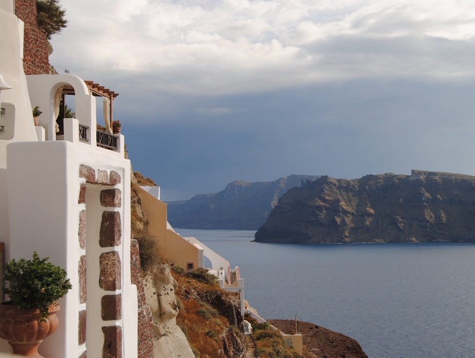 Oia Castle Luxury suites the right place to stay to enjoy the direct sunset view